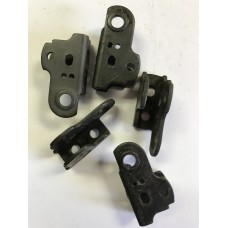 Mossberg .22 disconnector bracket  #435-1443